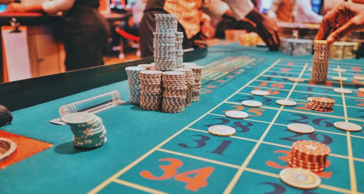 Getting the right tools and equipment to play online casino
